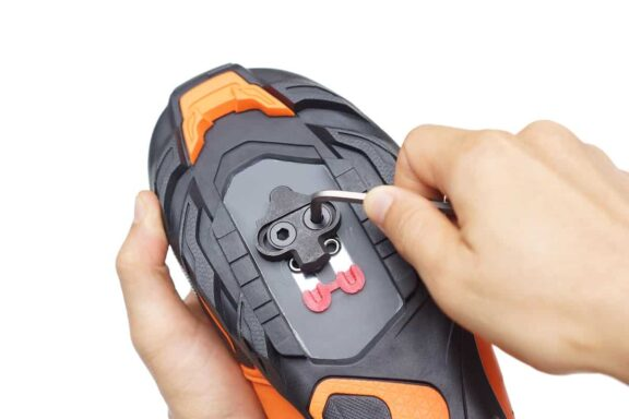 How to Install SPD Cleats on Mountain Bike Shoes - mtbgearbox.com