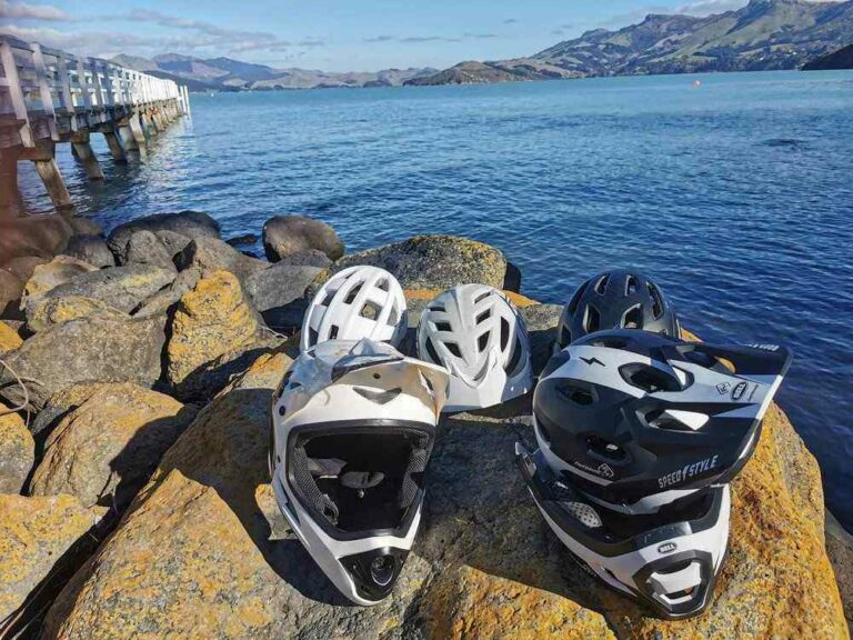 How to Choose a Mountain Bike Helmet