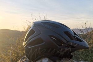 Specialized Ambush vs. POC Tectal SPIN – In depth Comparison