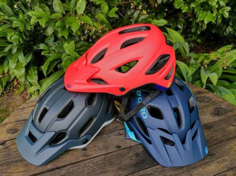 Cheap vs Expensive Helmets