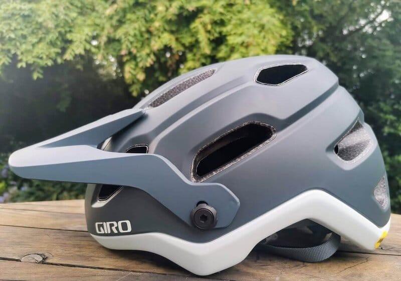 Giro Source Visor up